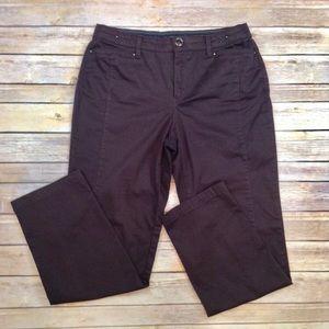 Khakis and Company Easy Waist pocketed trousers
